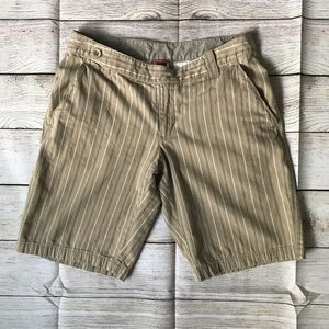 The North Face Striped Shorts Size 8